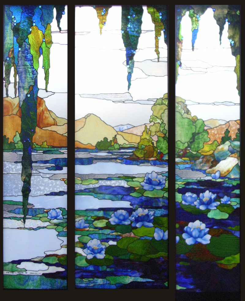 Stained glass windows with the Tiffany technique