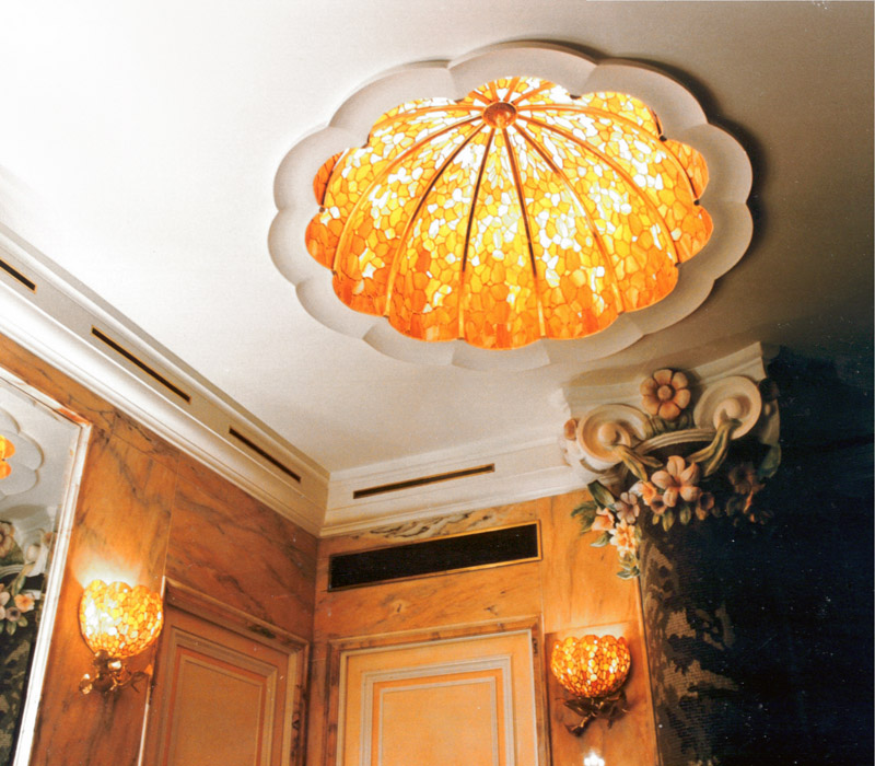Domes, self-supporting ceiling light fixtures and interior lights in various sizes